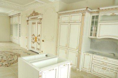 Кухня Виченца в просторном доме