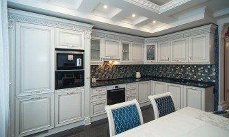 Современная классика в кухонном интерьере